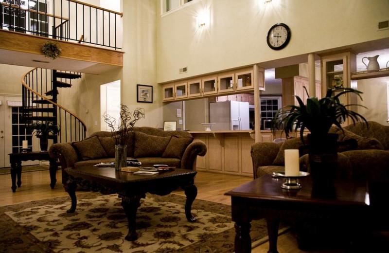 Living room at Big Pine Trout Farm.