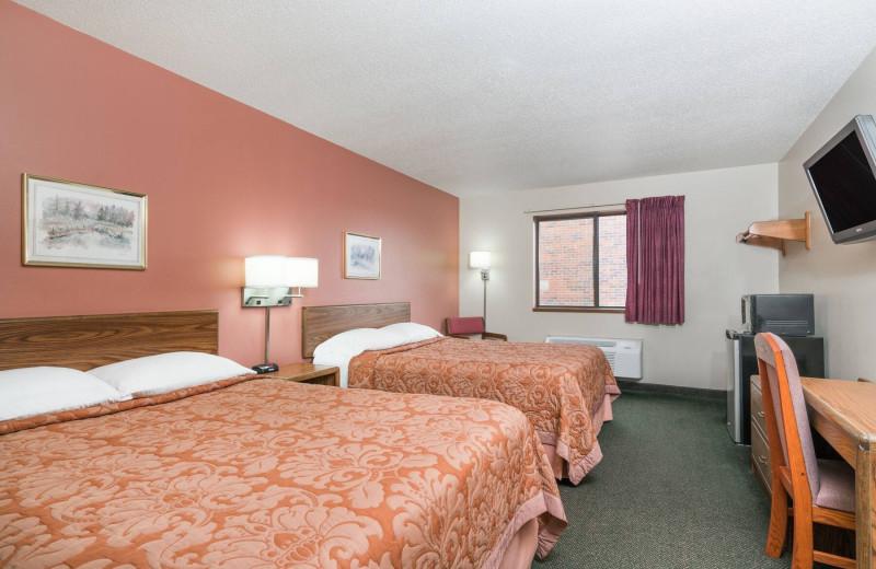 Guest room at Super 8 Perham.