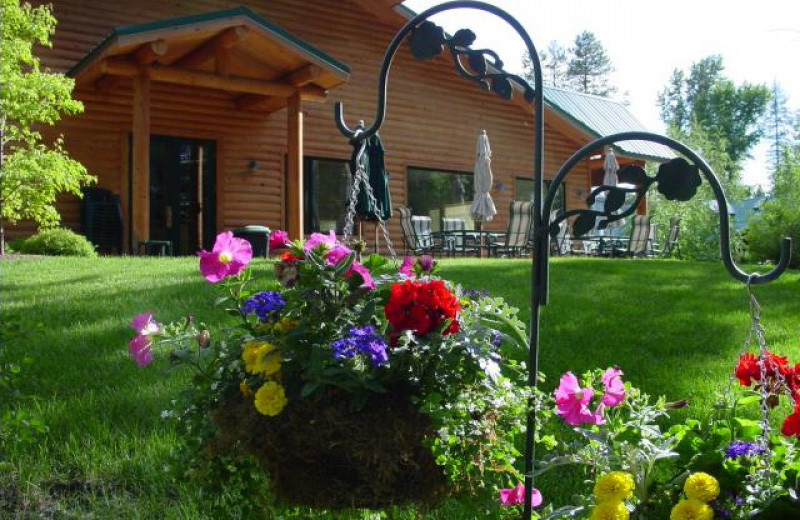 Garden pots at North Forty Resort.