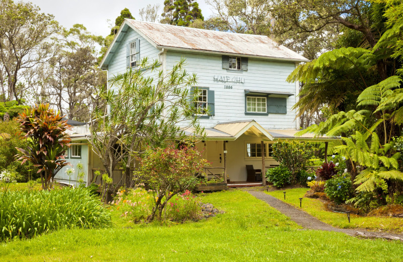 Exterior view of Hale 'Ohu Bed & Breakfast.