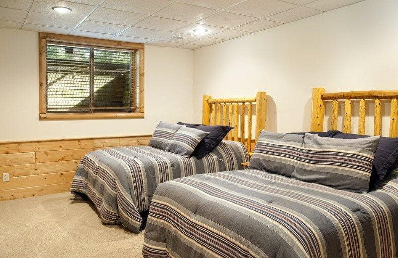 Rental bedroom at Sand County Service Company - Wolf Lodge on Lake Petenwell.