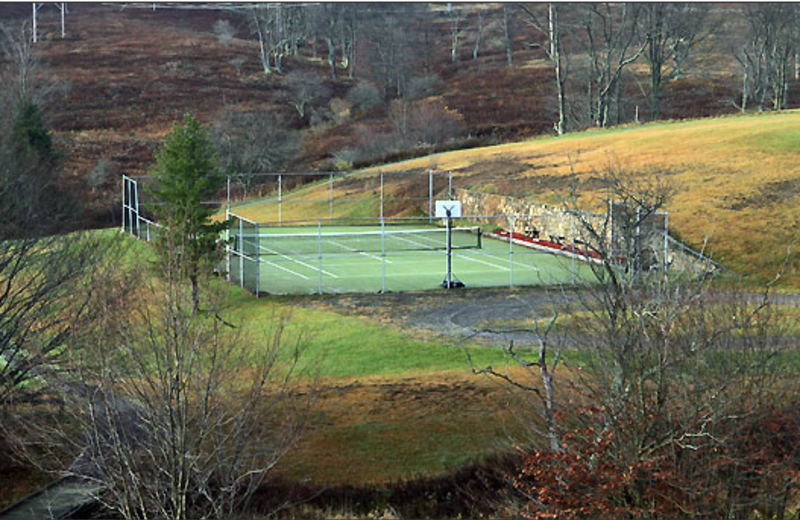 Tennis court at Black Bear Resort Rentals.