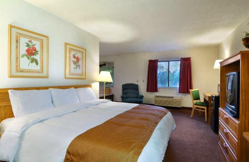 Guest room at Baymont Inn Port Huron MI.