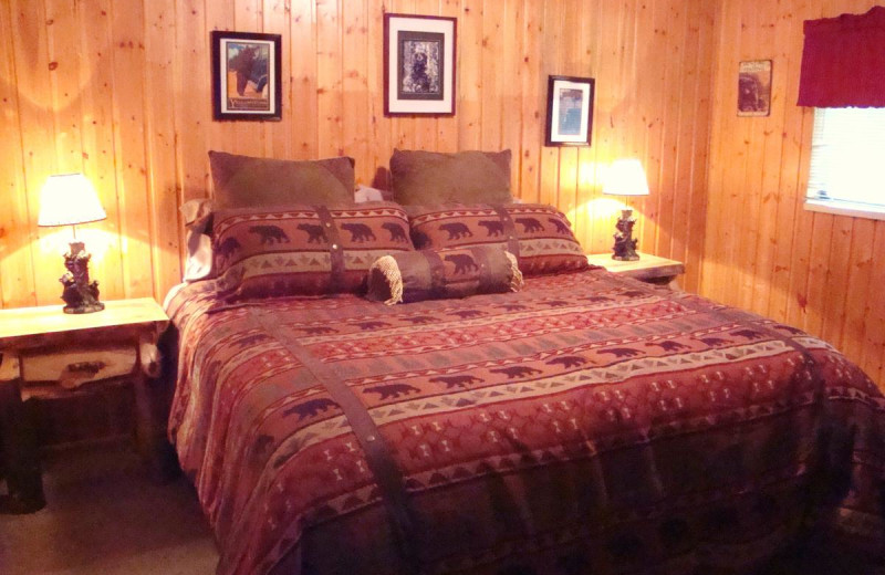 Cabin bedroom at Yellowstone Wildlife Cabins.