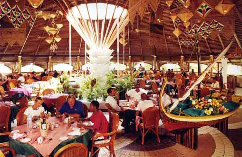 Dining at Giravaru Tourist Resort.