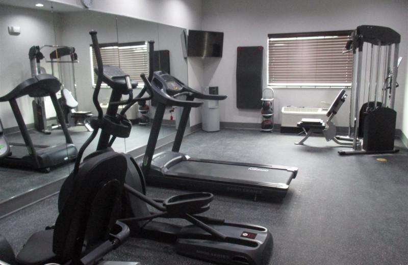Fitness room at BEST WESTERN Plus Lampasas.