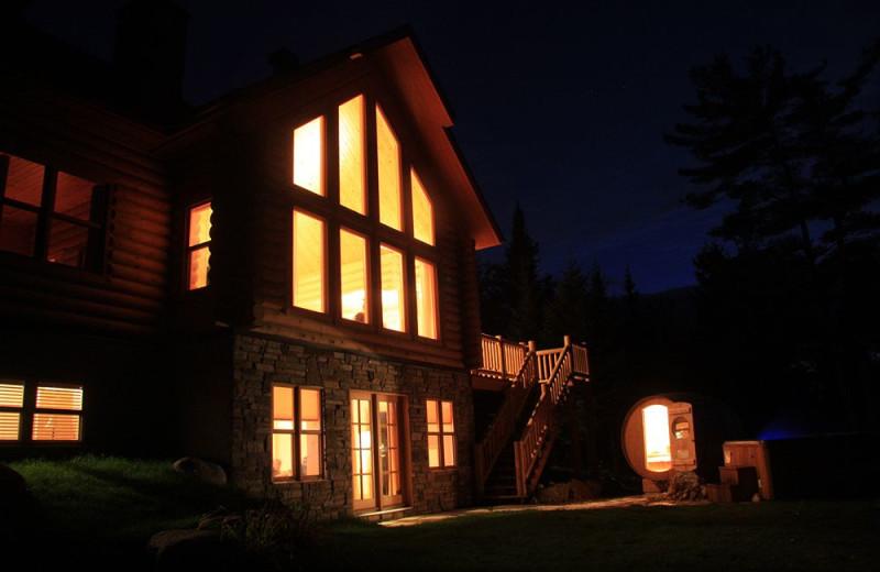 Exterior view of Fiddler Lake Resort.