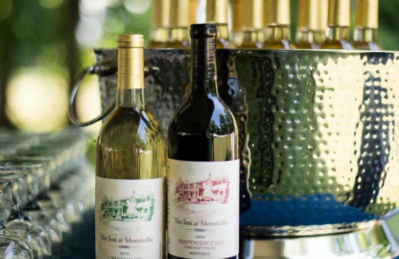 Wine tasting at Inn at Monticello.