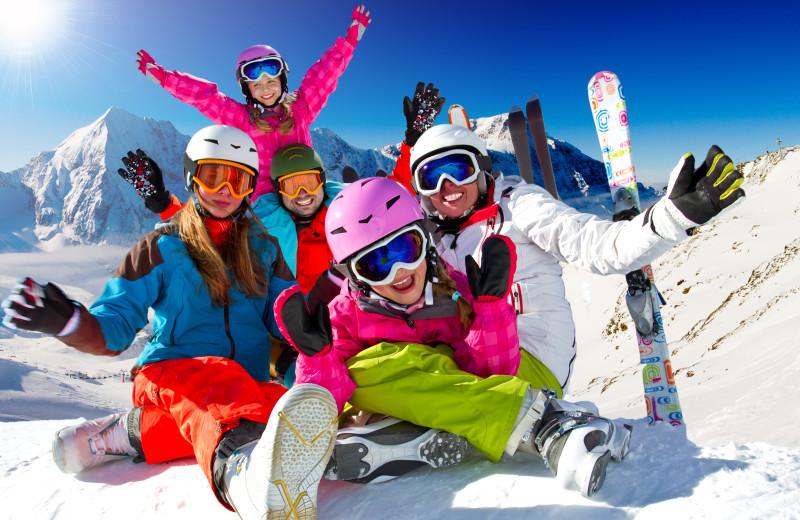 Family skiing at Lakeside Resort Properties.