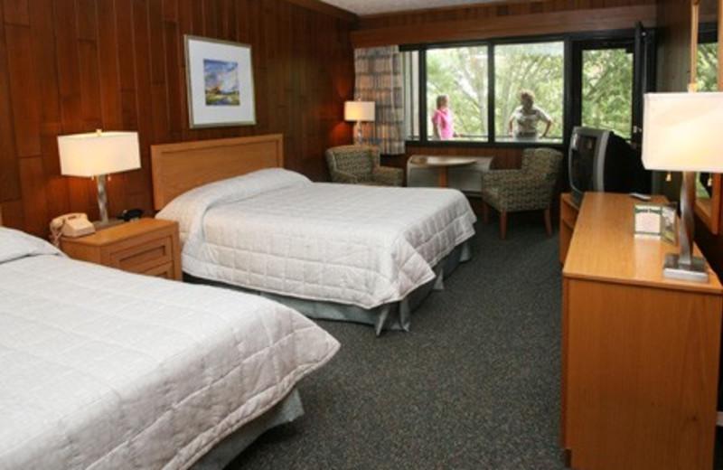 Guest room at Louie B. Nunn Lodge.
