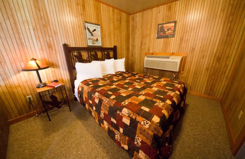 Cabin bedroom at Long Lake Resort.