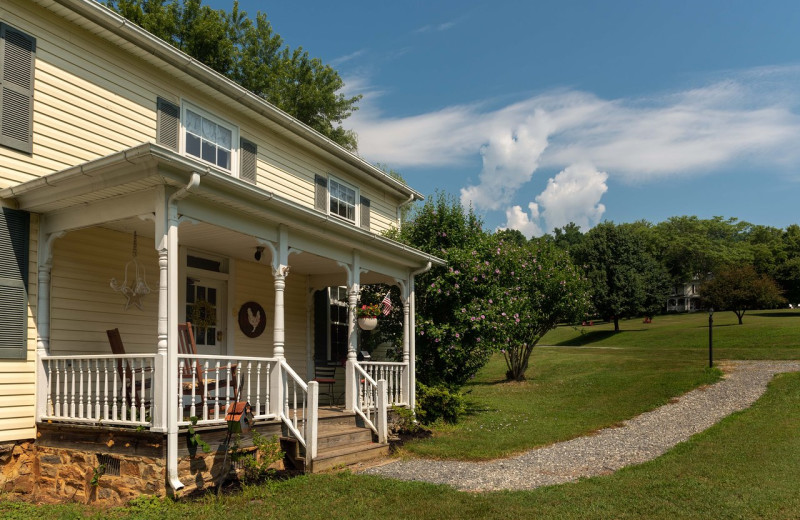 Exterior view of Orchard House Bed & Breakfast.