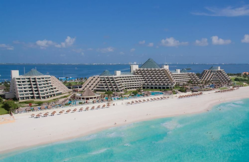 Exterior view of Paradisus Cancun.
