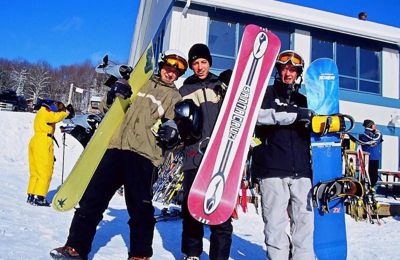 Snowboarding at Deerstalker Resort.