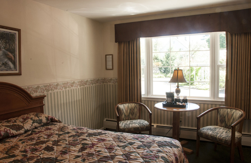 Guest bedroom at Maple Terrace Motel.