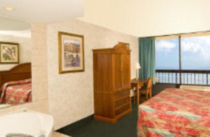 Guest Suite at The Breakers Resort Inn
