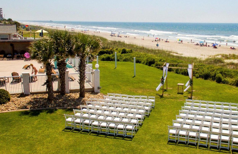 Weddings at Islander Hotel & Resort.
