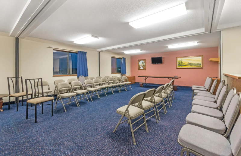 Meeting room at Super 8 Perham.