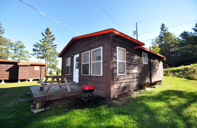 Cabin exterior at Wolseley Lodge.