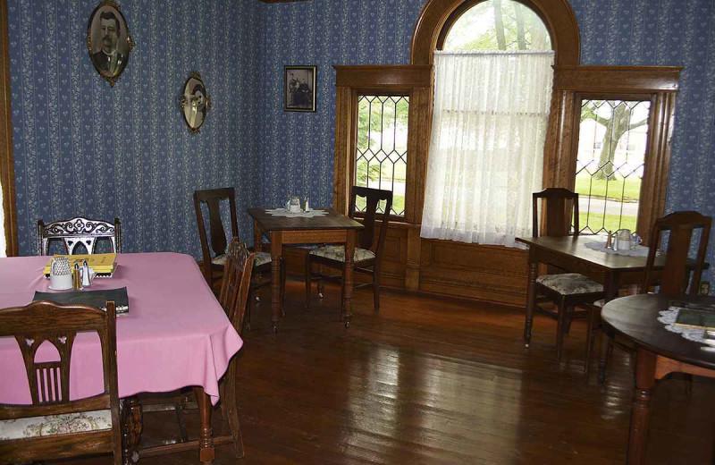 Dinning at The Inn at Battle Creek.