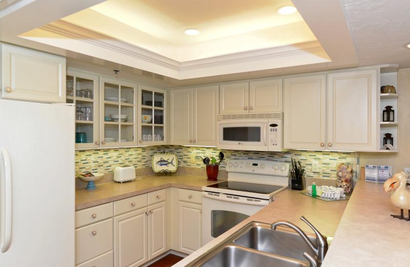 Guest kitchen at Palm Island Resort.