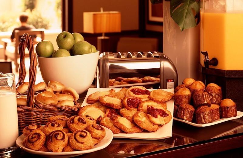 Breakfast at Ambrose Hotel.