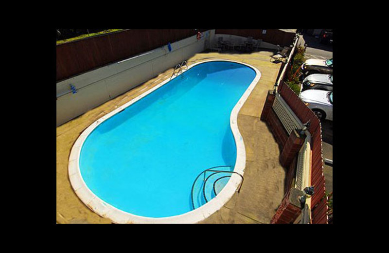 Outdoor pool at Quality Inn and Suites Bremerton.