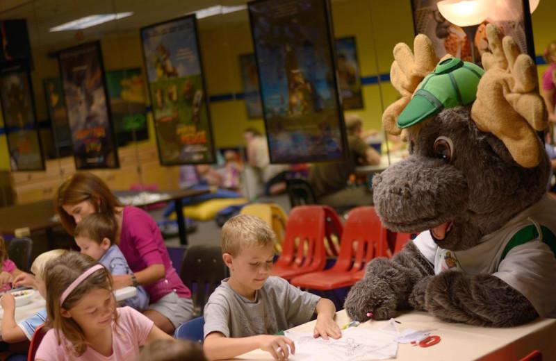 Kids activities at Timber Ridge Lodge & Waterpark.