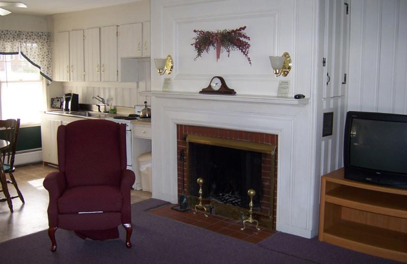 Suite fireplace at Highland Lake Resort.