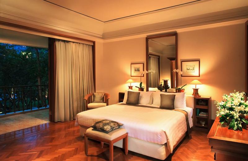 Guest room at The Dharmawangsa.