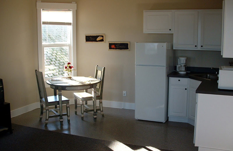 Guest kitchen at Port Angeles Downtown Hotel.