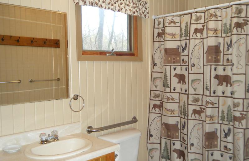 Cabin bathroom at Towering Pines Resort.