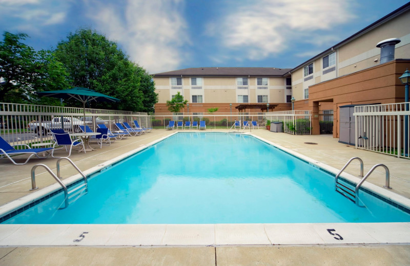 Outdoor pool at Extended Stay Deluxe Phoenix - Biltmore.