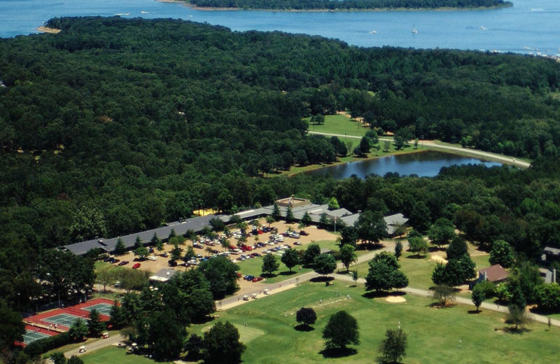 Aerial view of Red Apple Inn and Country Club.