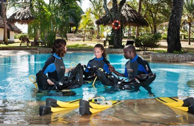 Diving lessons at Diani Marine Divers Village