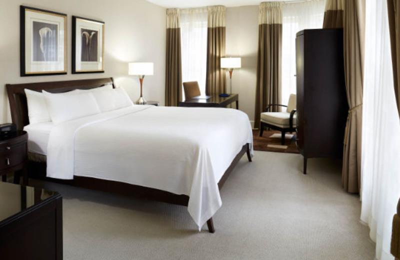 Guest room at Delta Barrington.