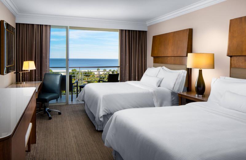 Guest room at The Westin Hilton Head Island Resort