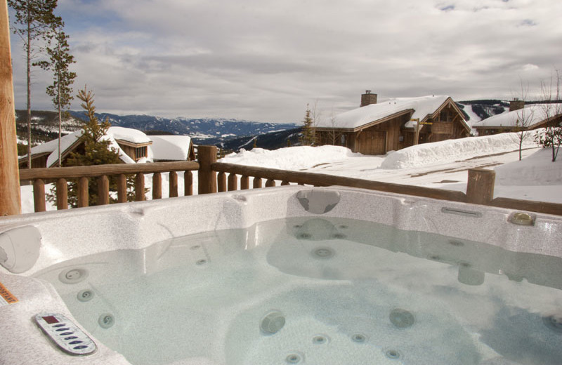 Rental hot tub at Big Sky Luxury Rentals.