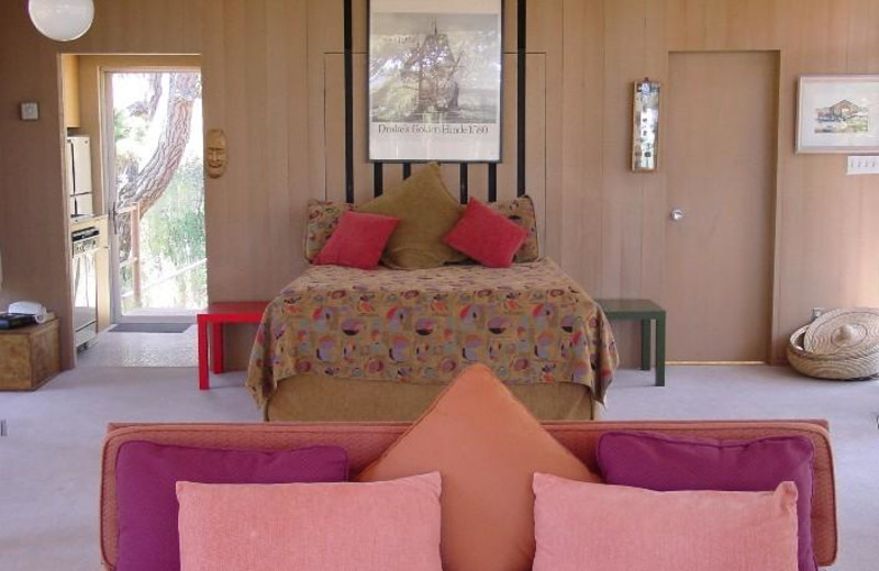 Guest bedroom at Tree House.
