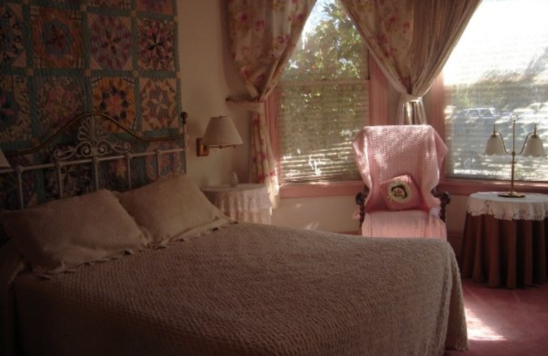 Guest room at Magliulo's Rose Garden Inn.