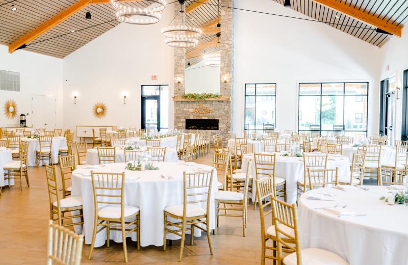 Weddings at Bay Pointe Inn Lakefront Resort.