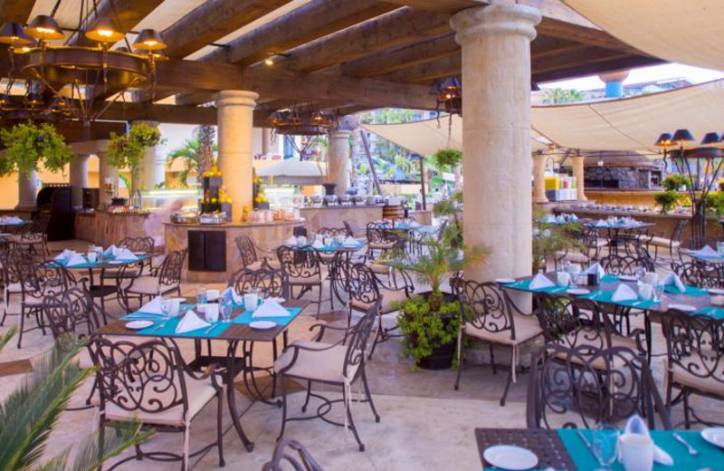 Dining at Villa del Palmar Beach Resort and Spa.