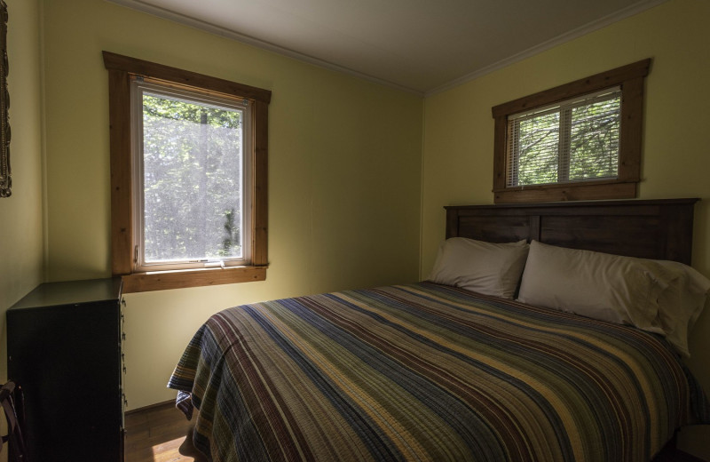 Cabin bedroom at Stonegate on Superior.