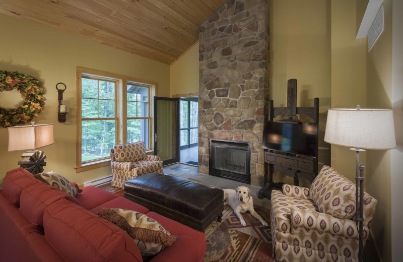 Trillium Living Room Of One Our 4 Slope Side Cottages At The Mountain Top Inn