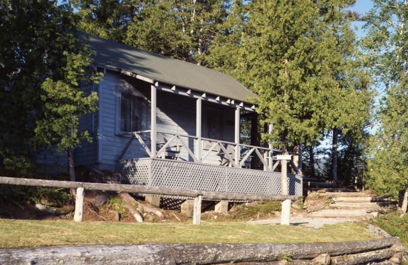 Little Tom Cottage exterior at Elk Lake Lodge.