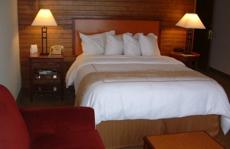 King Suite at  Hood River Inn