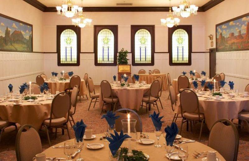 Dining room at Hassayampa Inn.