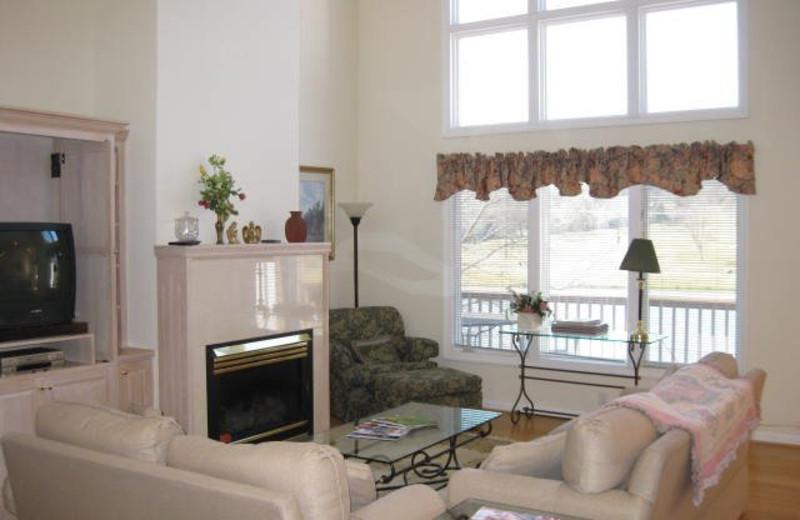 Rental living room at Jefferson Landing.