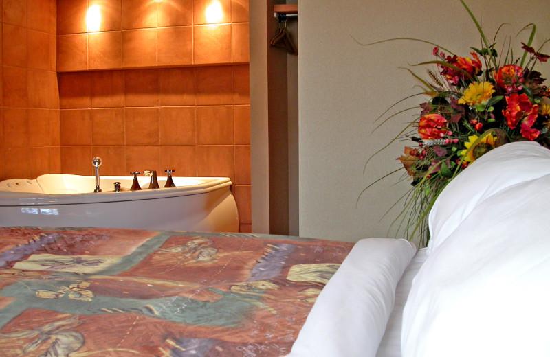Jacuzzi room at Hidden Ridge Resort.