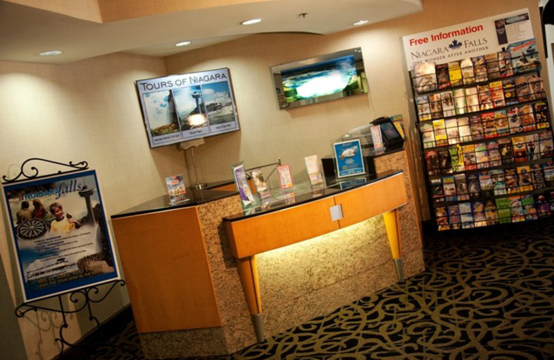 Tour Information Desk at the Howard Johnson Hotel by the Falls
